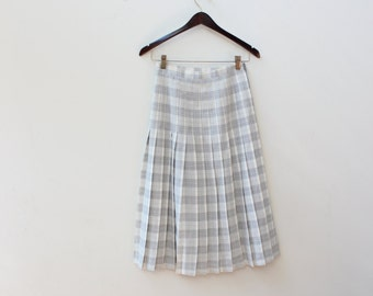 Grey Plaid Pleated Skirt