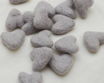 3cm 100% Wool Felt Hearts - 10 Count - Light Silver Grey