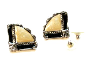Avon Art Deco Fan Earrings ~ Marcasite and Enamel Earrings ~ Elegant Fan Shaped Post Earrings - Vintage 1991