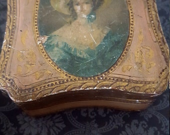 Valentines Day gifts/Italian florentine jewelry box/gold jewelry case/French/ Hollywood regency/ ring box/ gold leaf/ 1940s