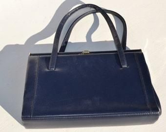 Vintage 1950s - 1960s clutch box handbag
