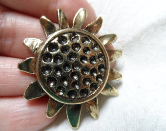 "Vintage gold Cast metal sunflower blank,1&1/2"",1pc-KC501"