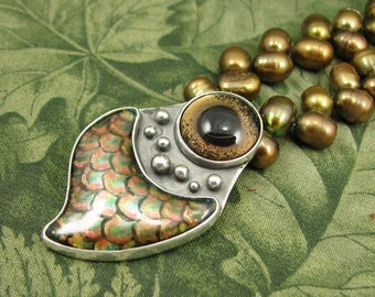 An Eye From the Deep - Taxidermy Fish Eye, Enamel and Pearl Necklace - sterling OOAK