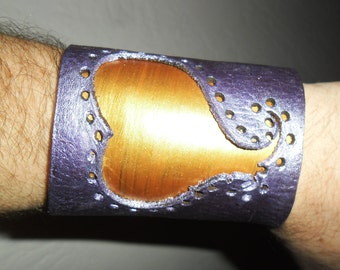 Laser-cut gold and purple heart layered leather bracelet (plus FREE laser-cut pendant)