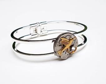 Old wristwatch - pattern choice