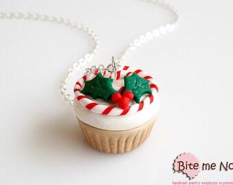 Christmas Cupcake Necklace, Cupcake Jewelry, Miniature Food, Mistletoe, Kawaii Jewelry, Foodie Gift