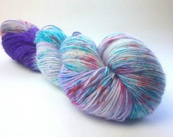 Zombie Mermaid hand dyed merino nylon fingering/4ply/sock yarn