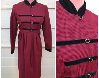 Black and red hounstooth plaid sargent style 80s winter dress size large