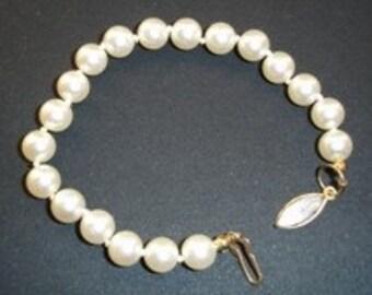 Sara Coventry Vintage Pearl Bracelet