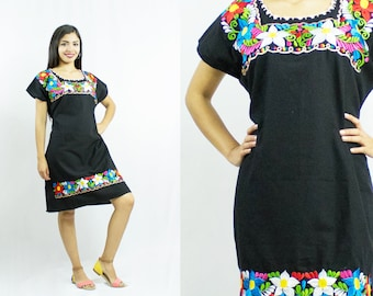 Mexican dress - Embroidery Dress - Floral - Ethnic - Bohemian - Vintage - Handmade - One Size