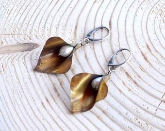 Brass Calla Earrings - Freshwater Pearl Earrings - Mixed Metal Calla Earrings - Creamy White Pearl Earrings - Old Gold Like Earrings