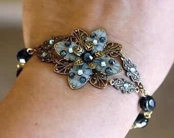 Bracelet, Flower Bracelet, Crystal Bracelet, Bead Bracelet, Gift For Her, Anniversary Gift, Gift Ideas