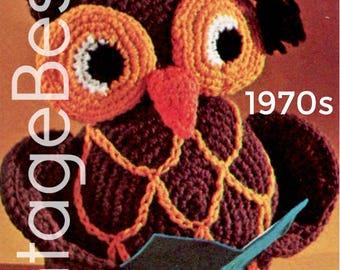 EASY to CROCHET • PdF Pattern • OWL Crochet Pattern • Vintage 1970s Stuffed Toy Owl Pattern • Retro Amigurumi Bird • Graduation • Professor