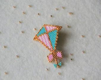 Kite miuki beads brooch