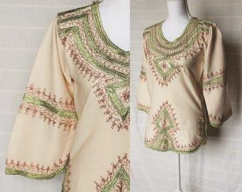 Vintage embroidered blouse / flared bell sleeve / indian top / boho tunic / festival hippie folk / sparkling embroidery / small medium