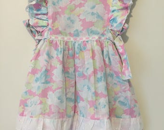 Multicoloured vintage/retro girls party dress with ties and petticoat. Size 2/3.