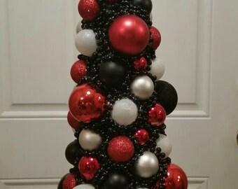 Elegant Christmas Tree Centerpiece