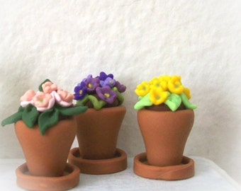 One Pretty Potted Primrose Choose Pink Purple or Yellow Artisan Handmade 12th Scale Tiny Terracotta Pot Miniature Sculpted Garden Decor