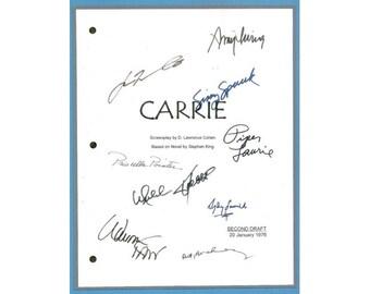 Carrie Movie Script Signed Screenplay Autographed: Sissy Spacek, Piper Laurie, Betty Buckley, Amy Irving, William Katt, John Travolta