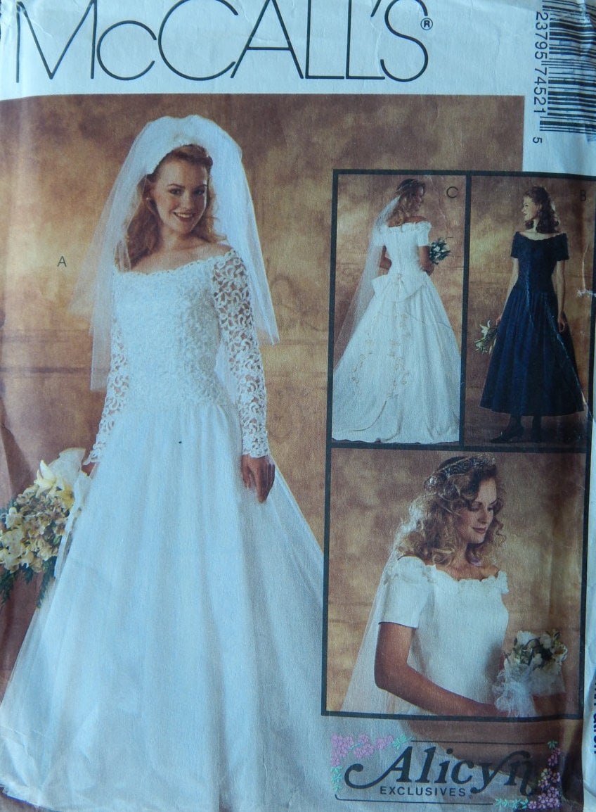 Bridal Gown & Bridesmaid Dress Sewing Pattern/McCall\'s 7452 Alicyn ...