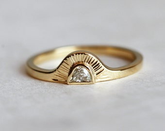 Sunrise Ring, Half Moon Diamond Ring, Bohemian Engagement Ring, Bohemian Wedding Ring, 18k Yellow Gold Engagement Ring
