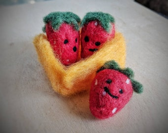 Pretend play, play food, needle felted strawberries, felt food, children's play food, felt toys