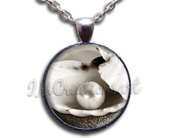 Pearl in Clam Glass Dome Pendant or with Chain Link Necklace NL108