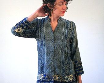 Fidelis, 90s Indonesian Tunic Blouse S, Silk Batik Top, Indonesian Batik Blouse, Batik Halus Tunic, Vintage Blue Silk Boho Blouse, Small