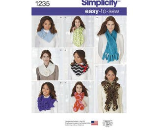 Simplicity 1235 - Assorted Scarves
