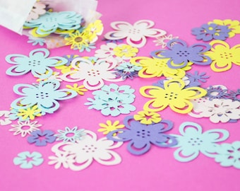 Summer Flower Confetti - Table Confetti - Wedding Confetti - Baby Shower decor - Party Decorations - Bridal Shower Decor - Summer Wedding