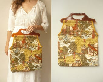 1970's Vintage Novelty Thatched Cottage Pub Print Folk Knitting Bag With Perspex Handles