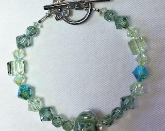 Swarovski Crystal Bracelet. Lampwork focal bead. New