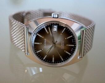 Vintage Mens wristwatch Steel, Swiss made, dial Brown