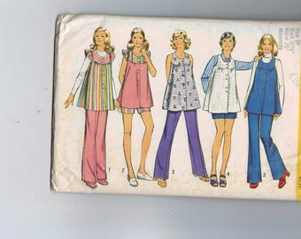 1970s Vintage Sewing Pattern Simplicity 5421 Misses Maternity Smock Top and Tunic Pants Bell Bottoms Shorts Size 10 Bust 32 1/2 1972 70s