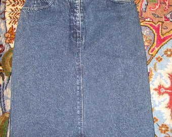 Jean Skirt - Size 4 / 6