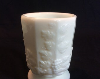 Vintage Westmoreland White Milk Glass Paneled Grape Open Sugar