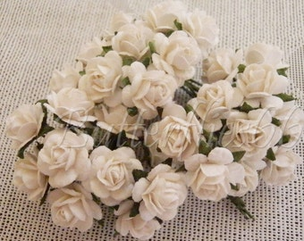 30 Mini White Handmade Mulberry Paper Wedding Scrapbooking Craft Roses M8-15