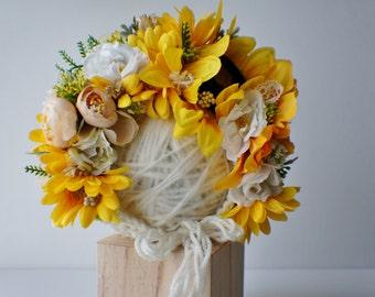 Flower Bonnet, Baby hat, Garden Bonnet, Sunflower Bonnet, Floral Bonnet, Baby Photo Prop, Newborn Photo Prop, Newborn Baby Girl Hat