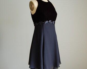 1990s baby doll open back dress / bow waist organza flouncy skirt dress