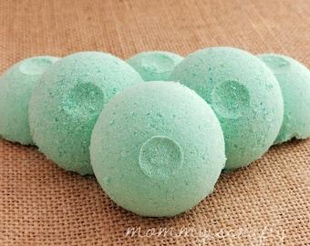 Mini Bath Bombs - Set of 10- Pedicure- Lavender-Eucalyptus - Foot Soaks -Aromatic- Therapy Bath Bombs - Fizzies - - MommyIsCrafty