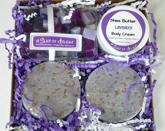 Lavender Bath Gift Set, Mothers Day Gift Set, Best Friend Gift Set, Spa Gift Box,  Hostess Gift, Holiday Gift, Soap, Bath Bomb, Body Cream