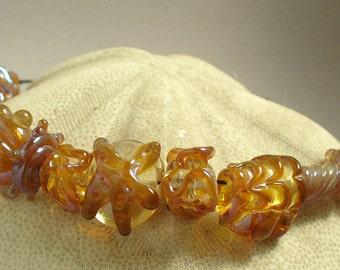 Handmade Lampwork Glass Beads by Catalinaglass SRA Peach Luster Shells