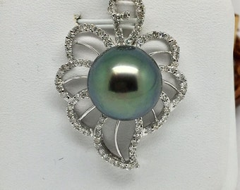 14K White Gold Natural Diamond and Greenish Pearl Pendant