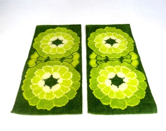 New old stock mid century set of 2 abstract vintage carpet shag rug 70s pop art