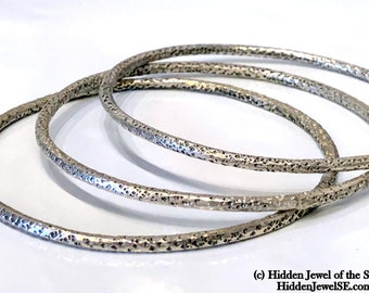 Textured 3mm Sterling Silver Bangles, Set of 3 heavy Gauge Hand Forged Hammered Sterling Bangles, size 8.25, Sterling Silver, bangles (W10)