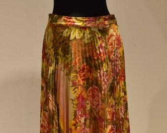 Kenzo vintage pleaded skirt 1984 never worn