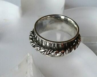 Sterling silver handmade spinner ring, hallmarked in Edinburgh