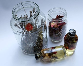 Apothecary // bath oils // plant power // essential oils // organic // self-care