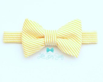 Baby Boy Pale Yellow Bowtie, Boys Easter Bow Tie, Boys First Birthday Outfit, Ring Bearer Outfit, Wedding, Kids Bow Tie, Baby Boy Bow Tie