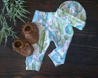 Newborn Baby Hat and Leggings Set//Coming Home Set//Baby Shower Gift Set//Baby Clothing//Floral Baby Outfit//Cactus Baby Outfit